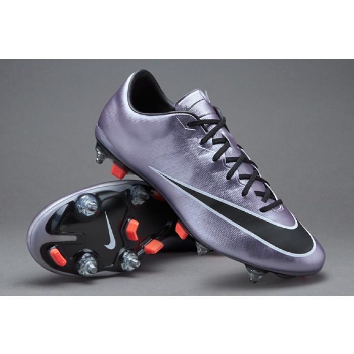 scarpe da calcio nike tacchetti misti