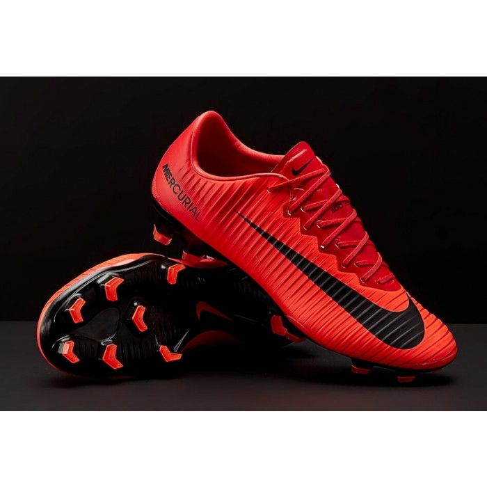 nike magista rosse calcetto