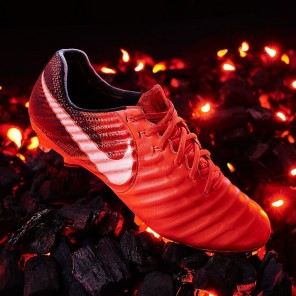 Nike - Tiempo Legend VII FG Play Fire Pack