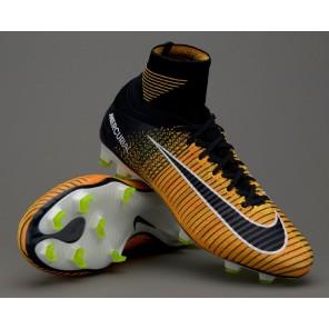 scarpe da calcio con calzino nike