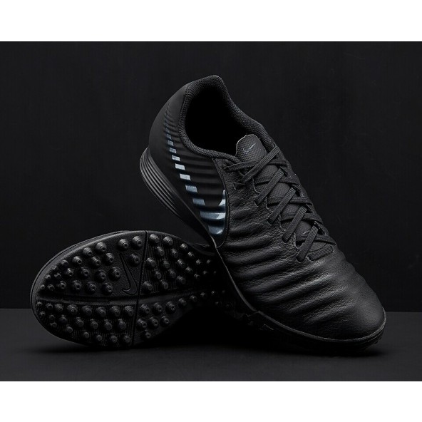 00c59d25056 Nike - Tiempo Legend 7 Academy TF Total Black nike-tiempo-legend-da-calcetto -total-black